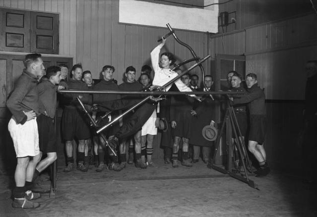 Женский фитнес начала 20 века