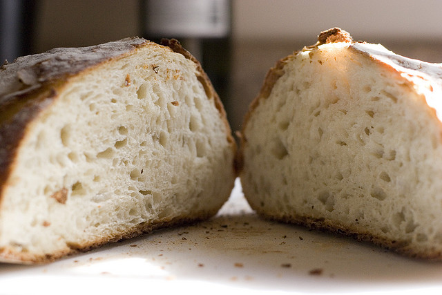 Почему нужно перестать есть хлеб сегодня