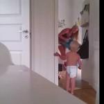 Трудности воспитания близнецов